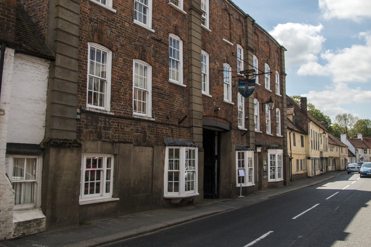 South side of the High Street and The George and Dragon