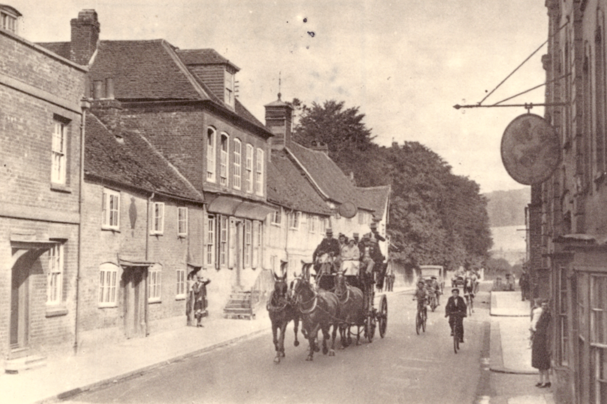 Coach and Horses in the High Street